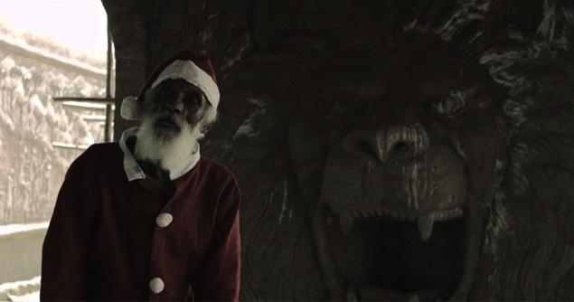 Crumbs-santa-Claus-sldier-702x336